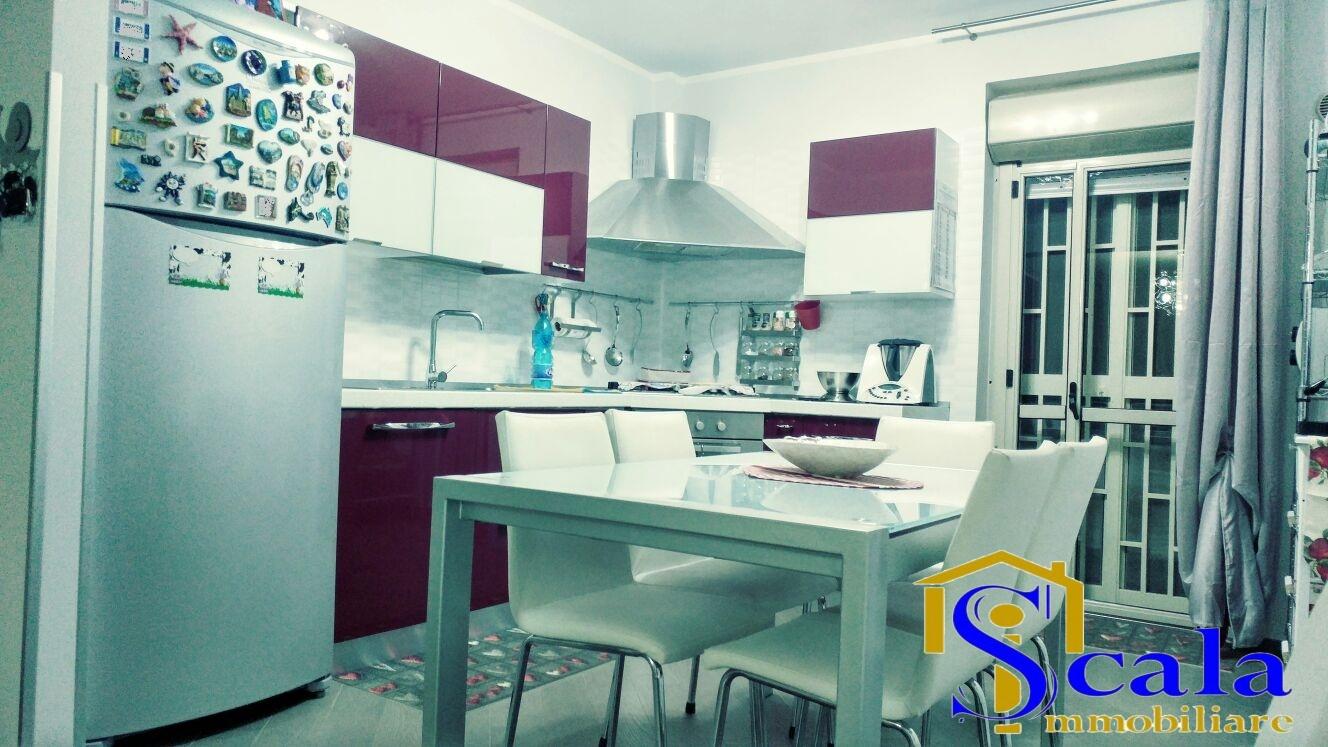 Appartamento in vendita a San Tammaro, 4 locali, prezzo € 83.000 | Cambio Casa.it