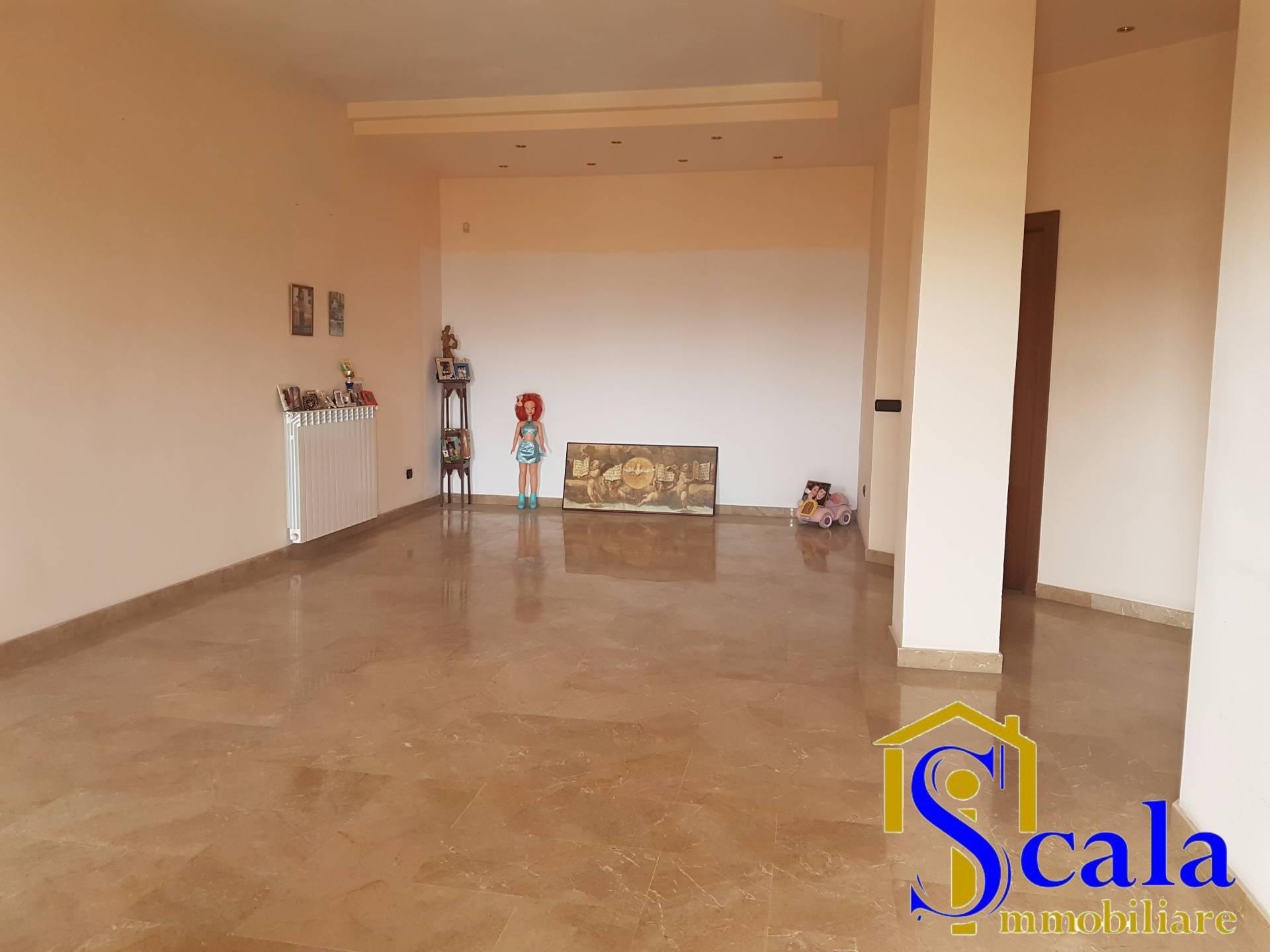 Agriturismo in affitto a San Tammaro, 4 locali, prezzo € 600 | Cambio Casa.it