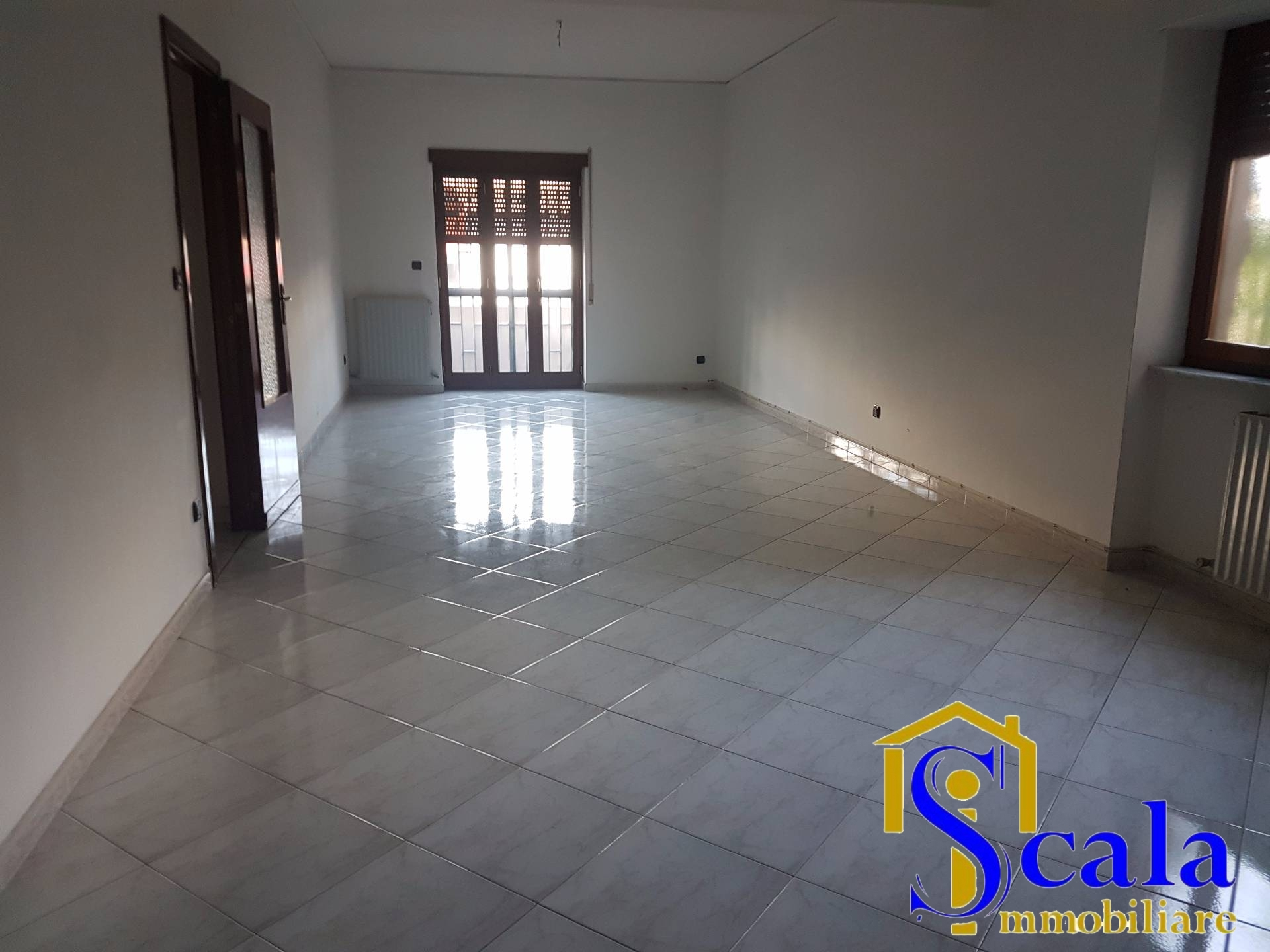 Appartamento in affitto a Curti, 4 locali, prezzo € 500 | Cambio Casa.it