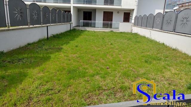 Appartamento in vendita a San Tammaro, 4 locali, prezzo € 175.000 | CambioCasa.it