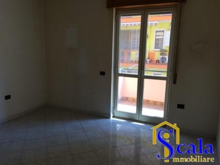 Appartamento in affitto a Macerata Campania, 4 locali, prezzo € 370   CambioCasa.it
