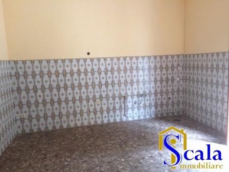 Appartamento in affitto a Casagiove, 3 locali, prezzo € 400 | CambioCasa.it