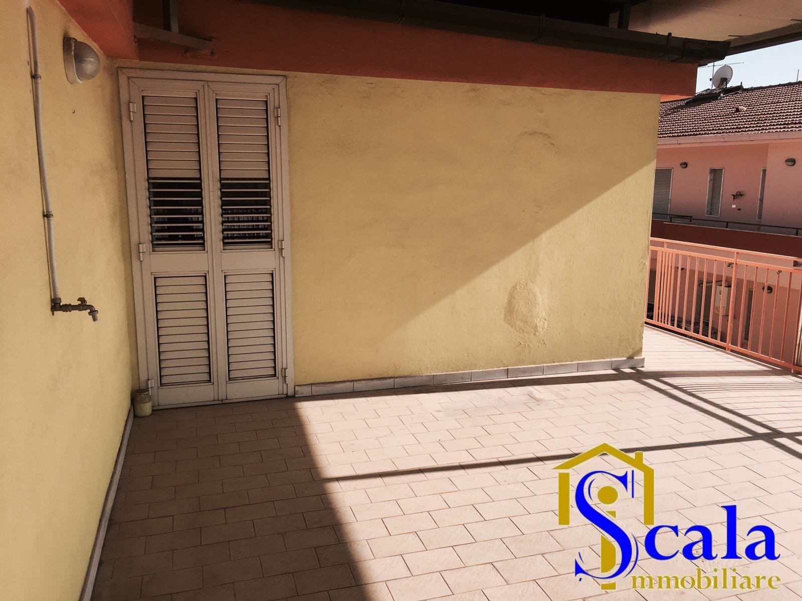 Appartamento in affitto a Macerata Campania, 3 locali, prezzo € 320   CambioCasa.it