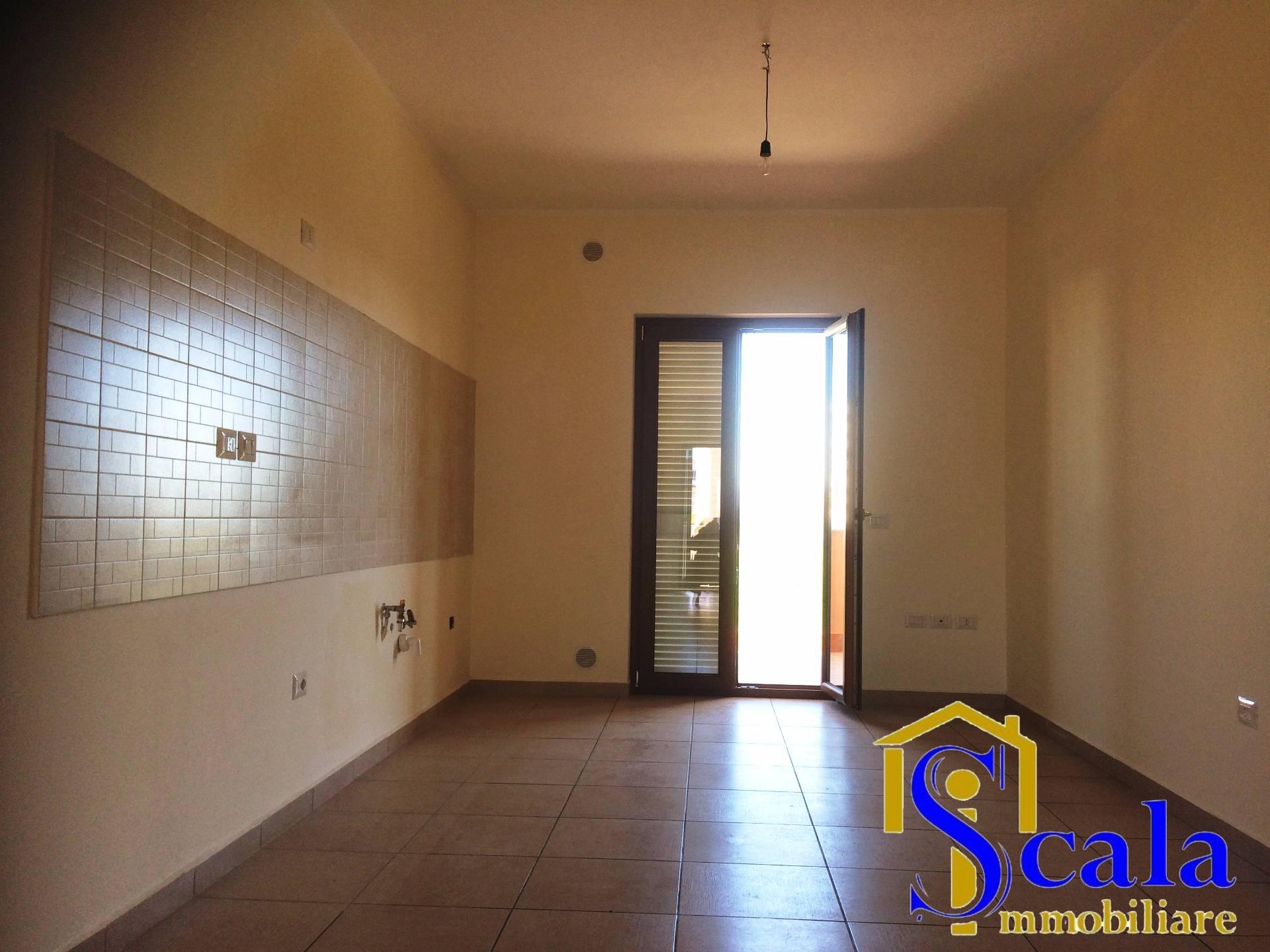 Appartamento in affitto a Santa Maria Capua Vetere, 4 locali, zona Località: S.Andrea, prezzo € 430 | CambioCasa.it