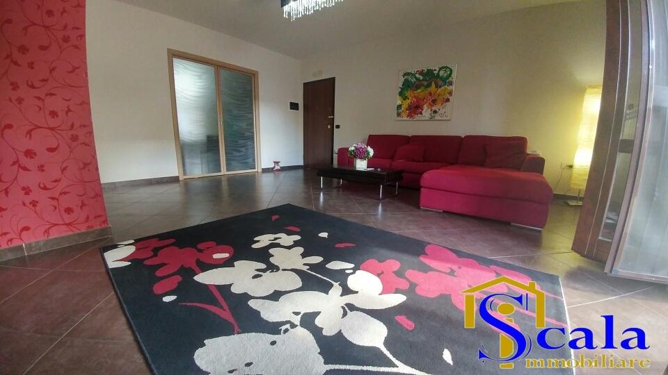 Appartamento in vendita a San Tammaro, 3 locali, prezzo € 185.000 | CambioCasa.it