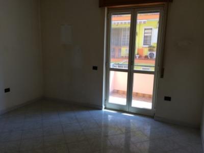 Vai alla scheda: Appartamento Affitto Macerata Campania
