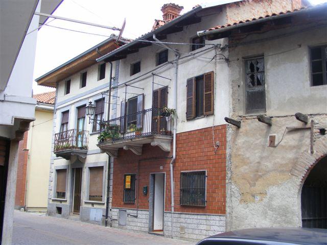 vendita villa a schiera alice castello 5 120  43.000 €