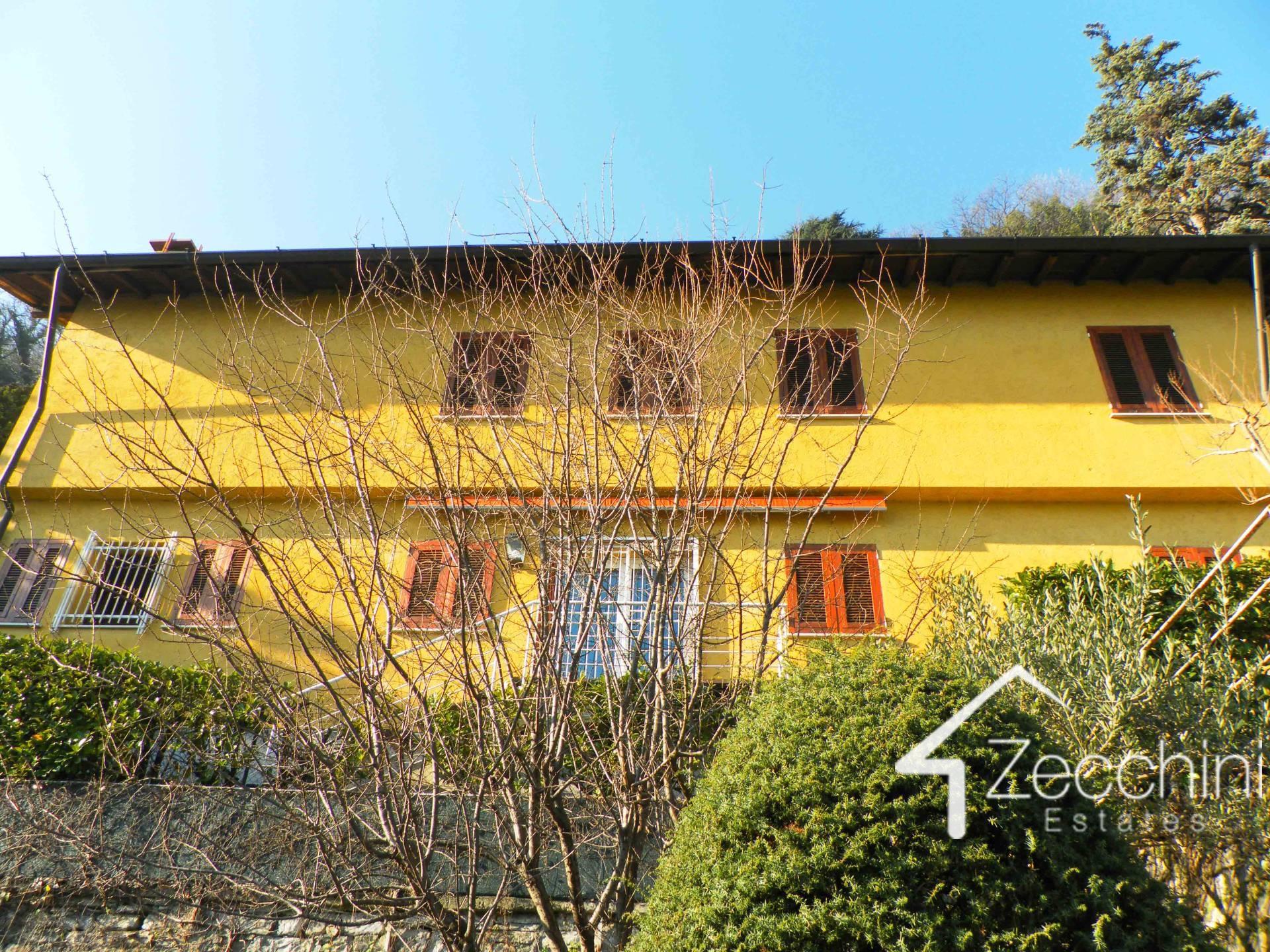 Villa in vendita a Moltrasio, 11 locali, Trattative riservate | Cambio Casa.it