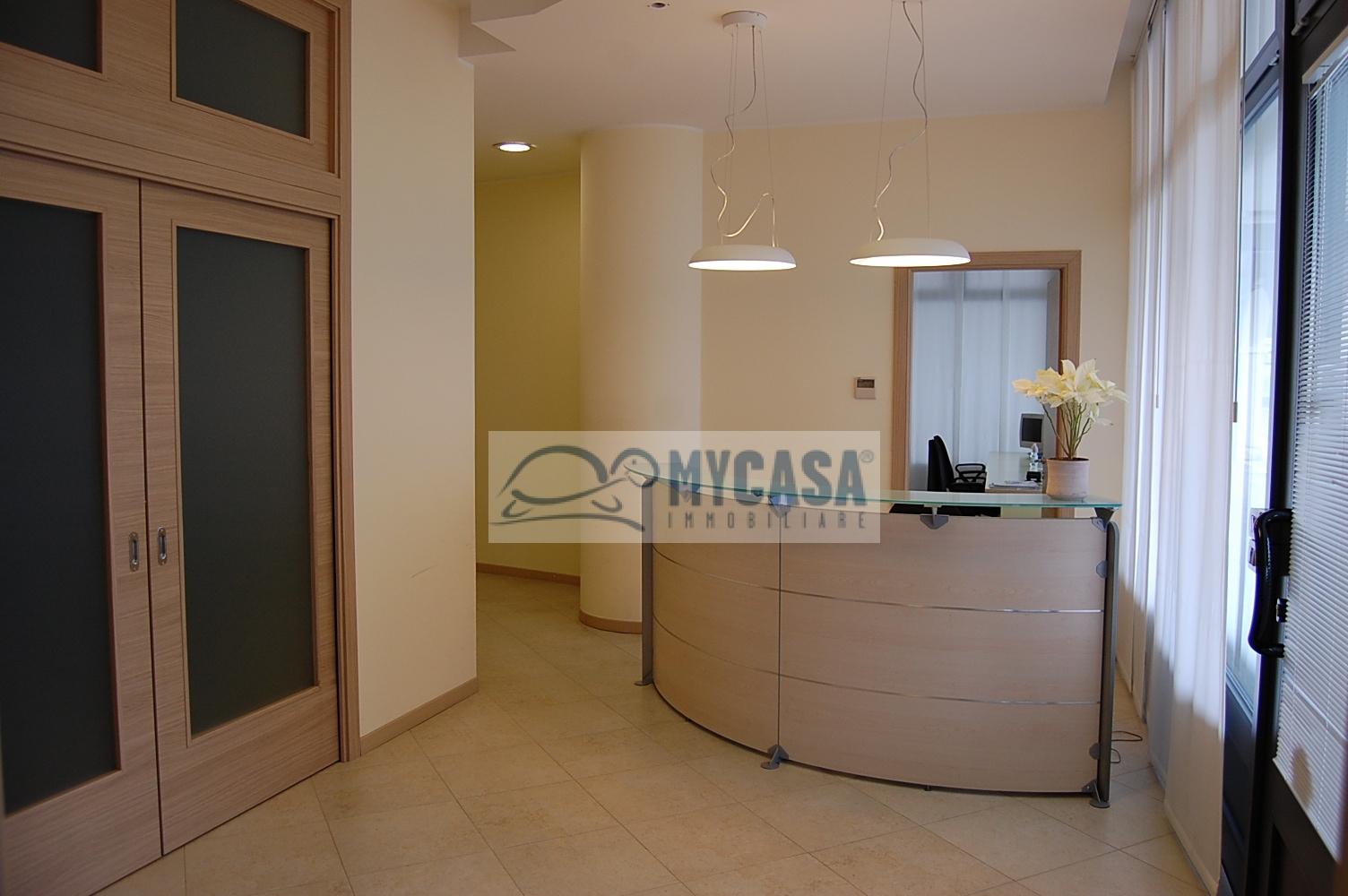 Ufficio / Studio in affitto a Saccolongo, 9999 locali, prezzo € 1.500 | Cambio Casa.it