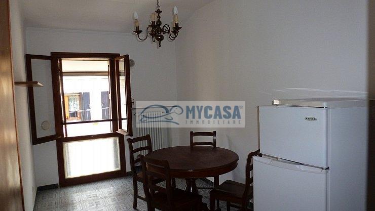 Appartamento in affitto a Padova, 3 locali, zona Località: Centrostorico, prezzo € 450 | Cambio Casa.it