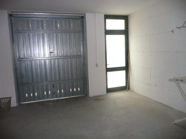 Box / Garage in vendita a Monteprandone, 1 locali, zona Località: CENTOBUCHISOPRALASALARIA, prezzo € 35.000 | CambioCasa.it