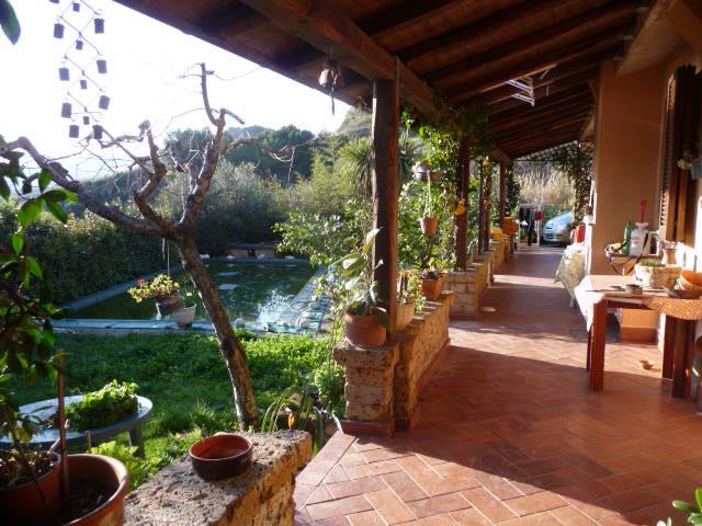 Villa in vendita a San Benedetto del Tronto, 7 locali, zona Località: COLLINARE, prezzo € 390.000 | CambioCasa.it