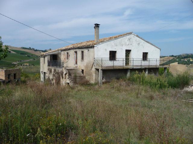 Rustico / Casale in vendita a Ripatransone, 8 locali, prezzo € 95.000 | Cambio Casa.it