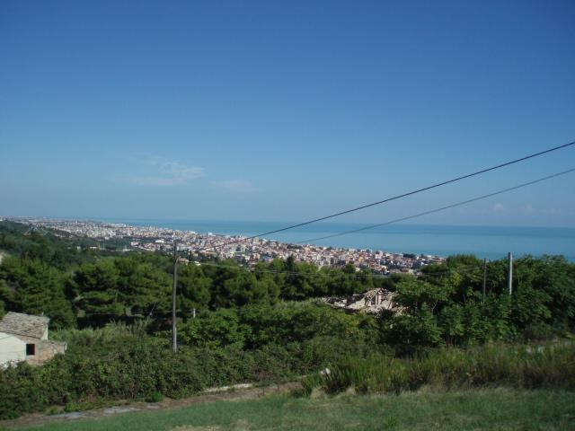 Soluzione Indipendente in vendita a Tortoreto, 5 locali, prezzo € 170.000 | Cambio Casa.it