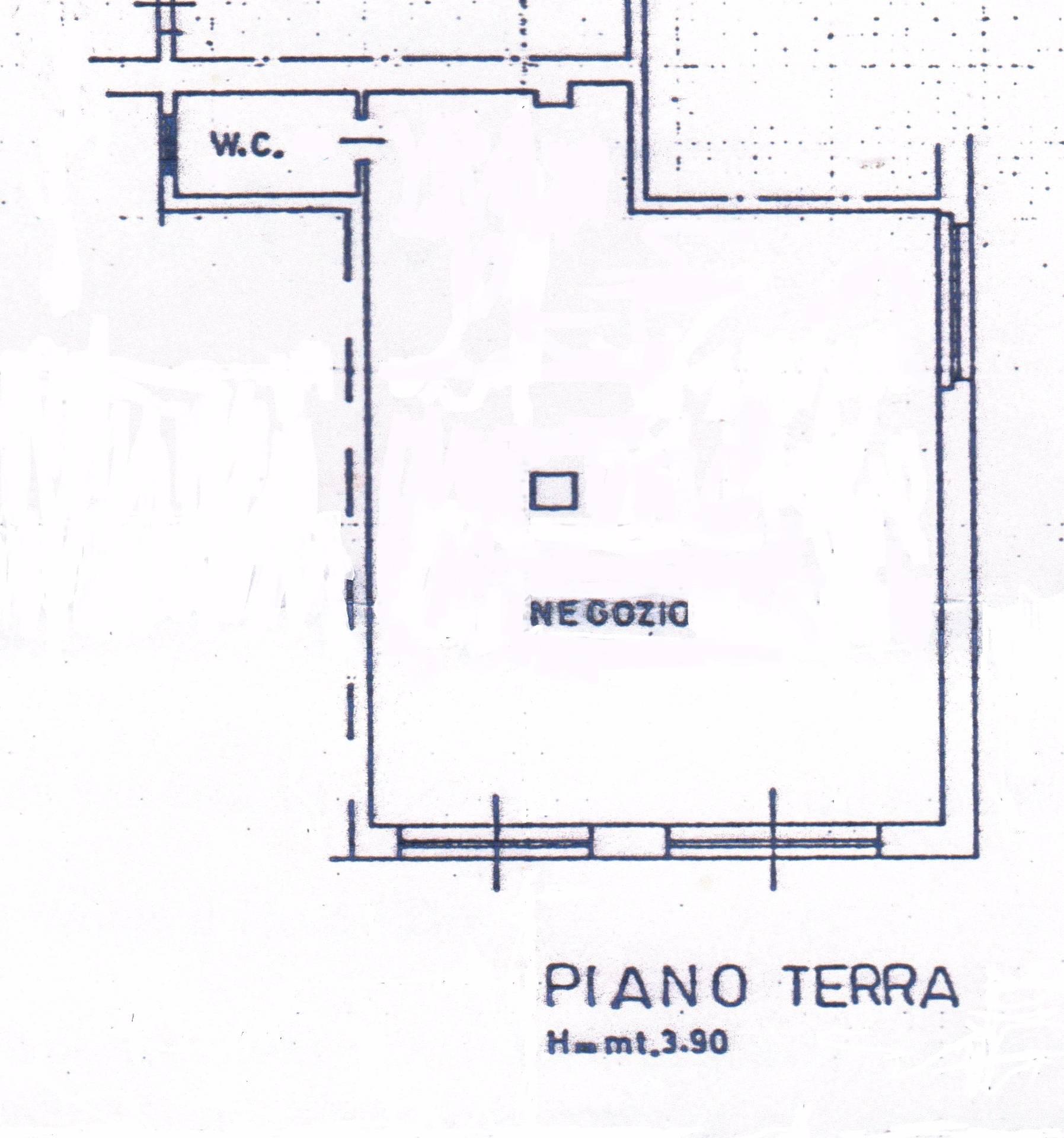 Negozio / Locale in affitto a San Benedetto del Tronto, 9999 locali, zona Località: CENTRALEVERSOSUD, prezzo € 800 | Cambio Casa.it