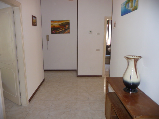 Appartamento in affitto a Cupra Marittima, 3 locali, prezzo € 450 | Cambio Casa.it
