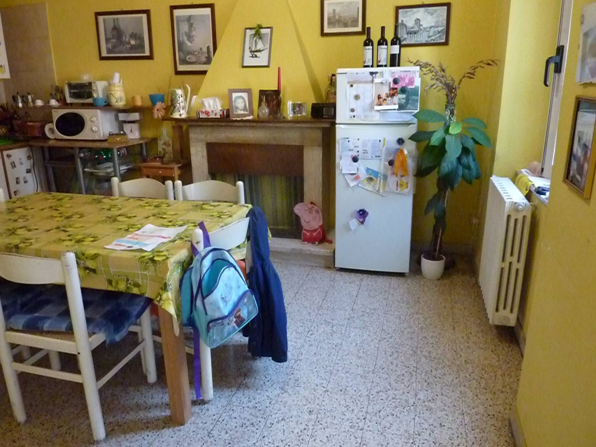 Soluzione Indipendente in vendita a Cupra Marittima, 7 locali, prezzo € 165.000 | Cambio Casa.it