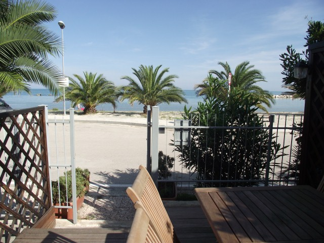 Appartamento in vendita a Campofilone, 4 locali, prezzo € 200.000 | CambioCasa.it