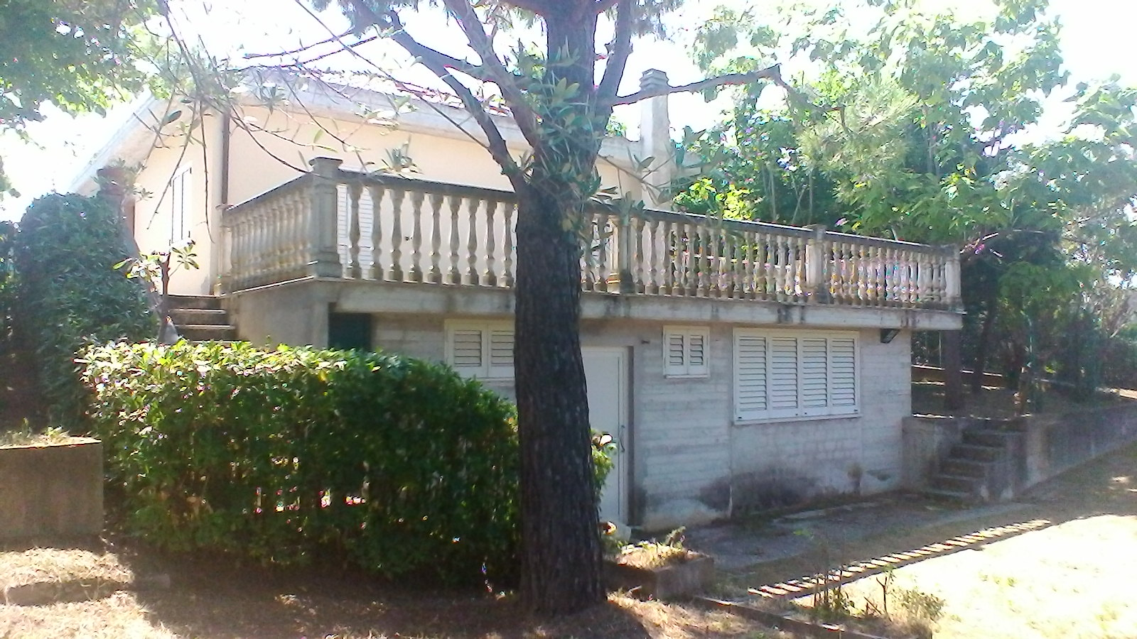 Soluzione Indipendente in vendita a Castorano, 4 locali, zona Zona: Pescolla, prezzo € 165.000 | CambioCasa.it