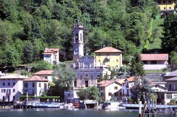 Terreno Edificabile Residenziale in vendita a Porto Ceresio, 9999 locali, prezzo € 160.000 | Cambio Casa.it