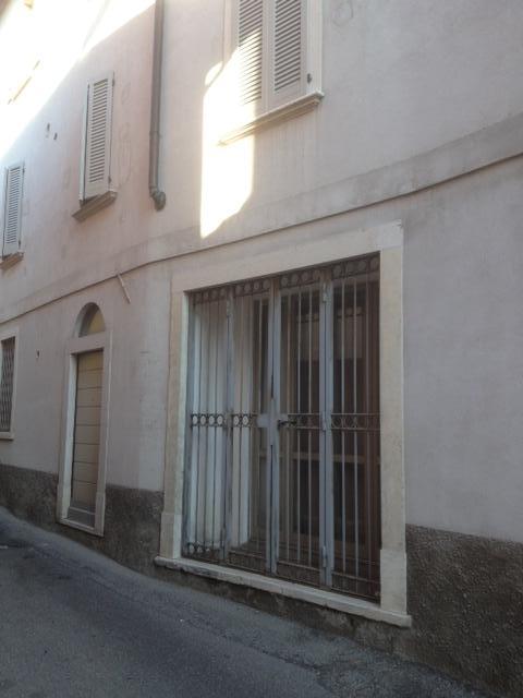 Negozio / Locale in affitto a Arcisate, 9999 locali, zona Località: BrennoUseria, prezzo € 350 | Cambio Casa.it