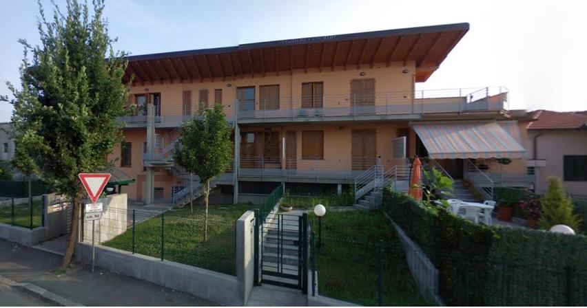 Appartamento in vendita a Caronno Pertusella, 2 locali, prezzo € 130.000 | Cambio Casa.it
