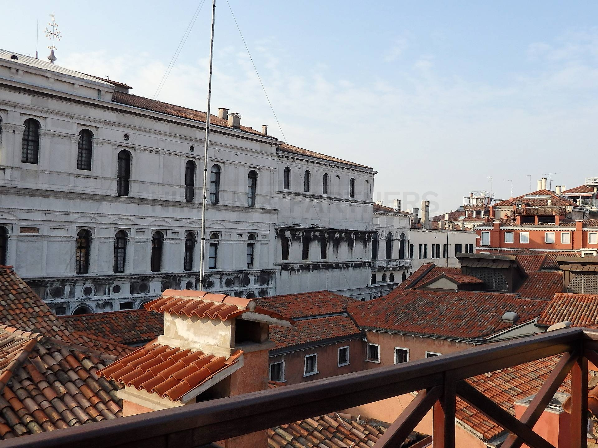 Appartamento in vendita a Venezia, 3 locali, zona Zona: 4 . Castello, prezzo € 790.000 | Cambio Casa.it