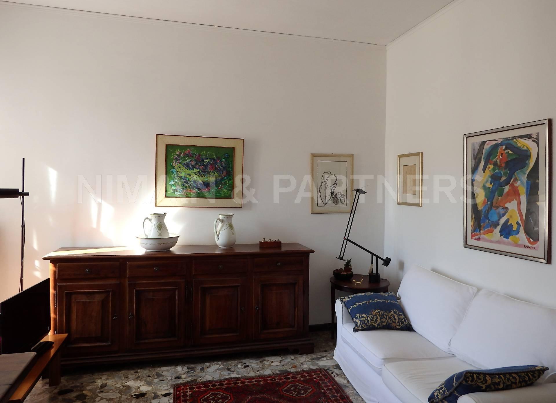 Appartamento in vendita a Venezia, 8 locali, zona Località: S.aCroce, prezzo € 800.000 | Cambio Casa.it