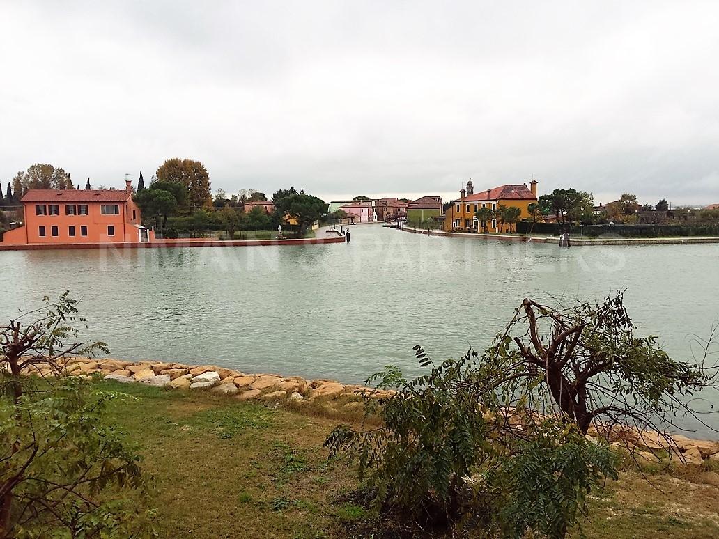 Appartamento in vendita a Venezia, 6 locali, zona Località: Burano, prezzo € 900.000   Cambio Casa.it