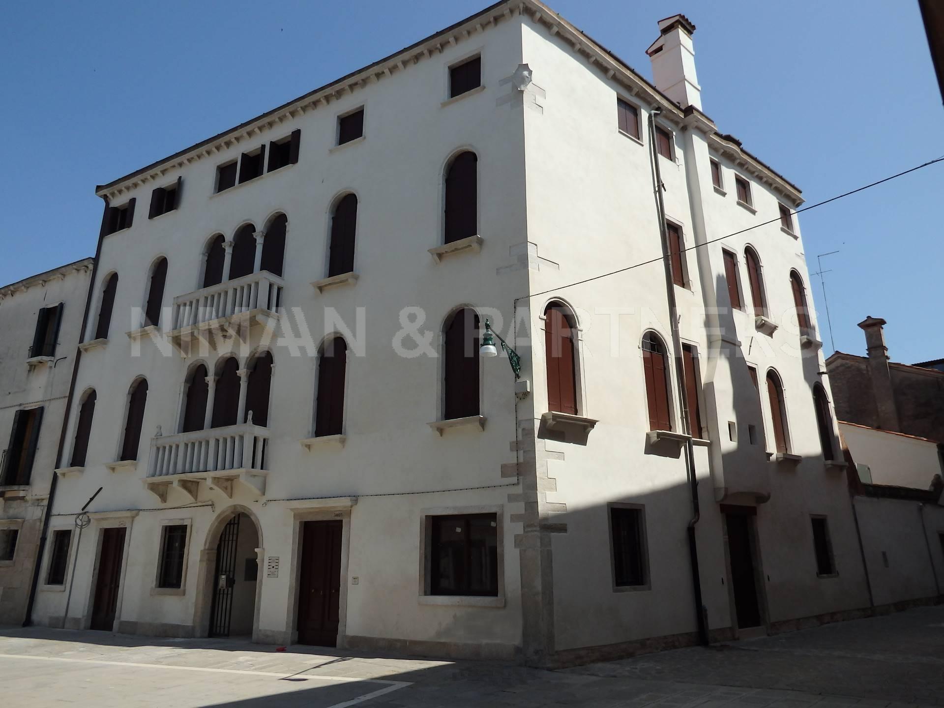 Appartamento in vendita a Venezia, 3 locali, zona Zona: 6 . Dorsoduro, prezzo € 642.390 | Cambio Casa.it