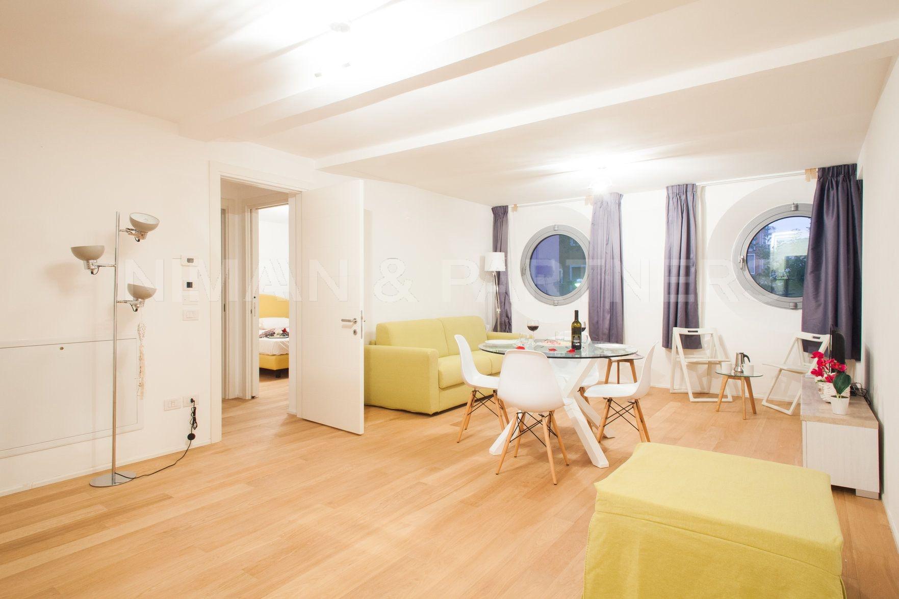 Appartamento in vendita a Venezia, 2 locali, zona Zona: 3 . Cannaregio, prezzo € 430.000 | CambioCasa.it
