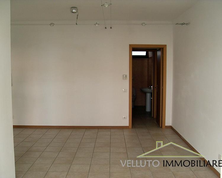 Negozio / Locale in affitto a Senigallia, 9999 locali, zona Località: Centro, prezzo € 500 | Cambio Casa.it