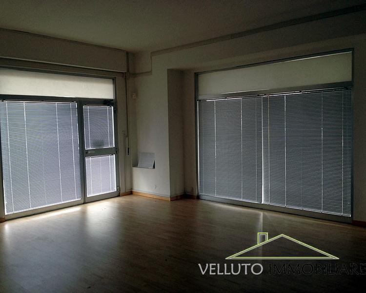 Negozio / Locale in vendita a Senigallia, 9999 locali, zona Località: Centro-Mare, prezzo € 230.000 | Cambio Casa.it