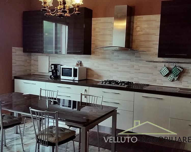 Soluzione Indipendente in vendita a Corinaldo, 7 locali, prezzo € 290.000 | CambioCasa.it