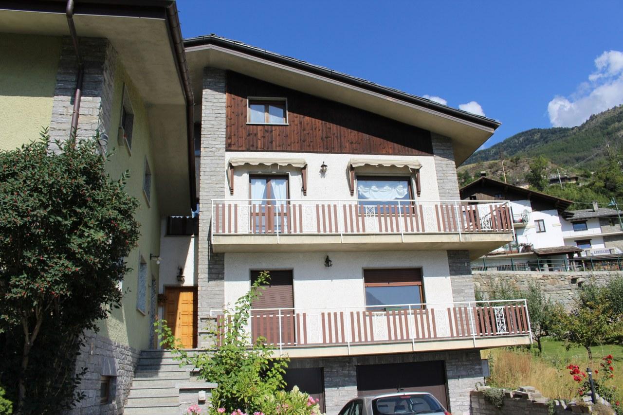 Appartamento in vendita a Sarre, 3 locali, prezzo € 245.000   Cambio Casa.it