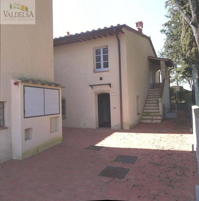 Rustico / Casale in vendita a Poggibonsi, 4 locali, zona Località: CAMPAGNA, prezzo € 180.000 | Cambio Casa.it