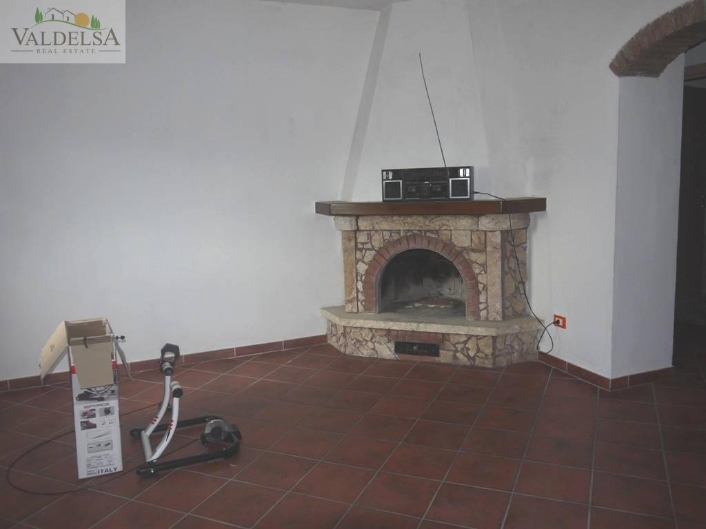 Rustico / Casale in vendita a Colle di Val d'Elsa, 4 locali, prezzo € 195.000 | Cambio Casa.it