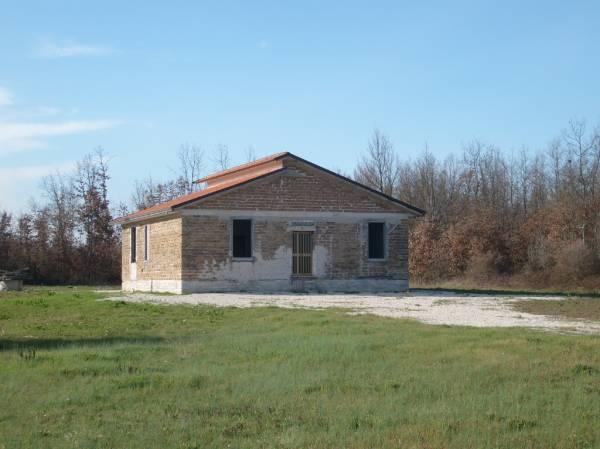 Villa in vendita a Colfelice, 5 locali, prezzo € 74.000 | Cambio Casa.it