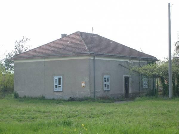 Villa in vendita a Roccasecca, 6 locali, prezzo € 85.000 | Cambio Casa.it