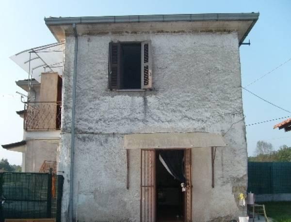 Soluzione Indipendente in vendita a Colfelice, 3 locali, zona Località: Colfelice(Coldragone, prezzo € 45.000 | Cambio Casa.it