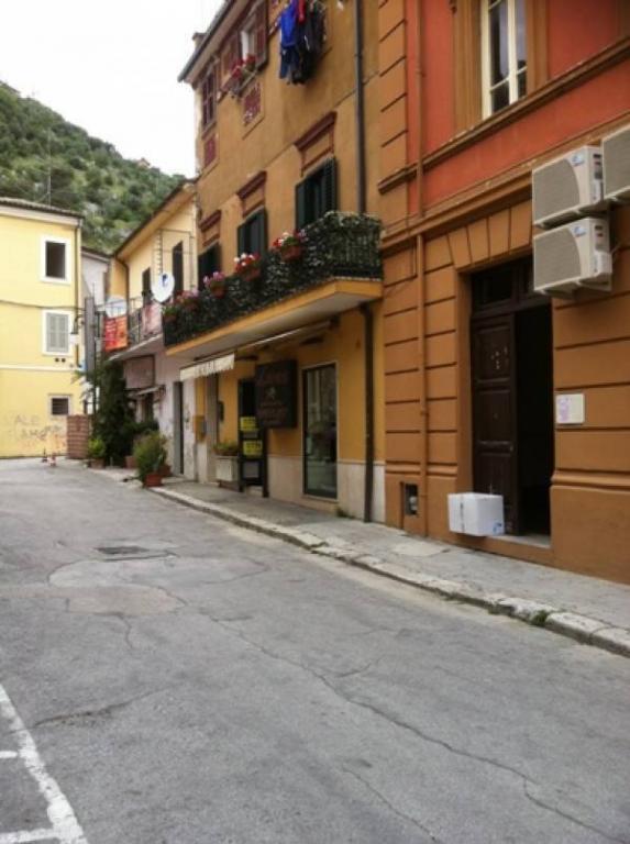 Negozio / Locale in vendita a Sora, 9999 locali, prezzo € 100.000 | CambioCasa.it