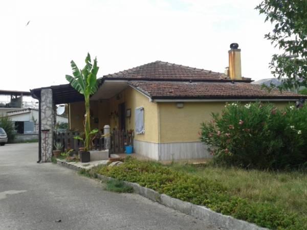 Soluzione Indipendente in vendita a Roccasecca, 6 locali, prezzo € 95.000 | Cambio Casa.it