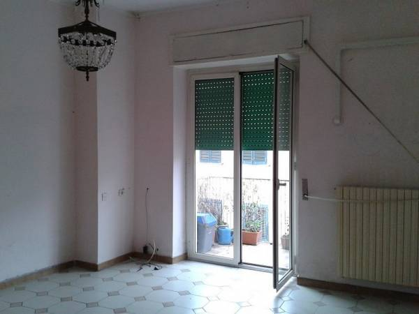 Appartamento in vendita a Cassino, 4 locali, prezzo € 95.000 | CambioCasa.it