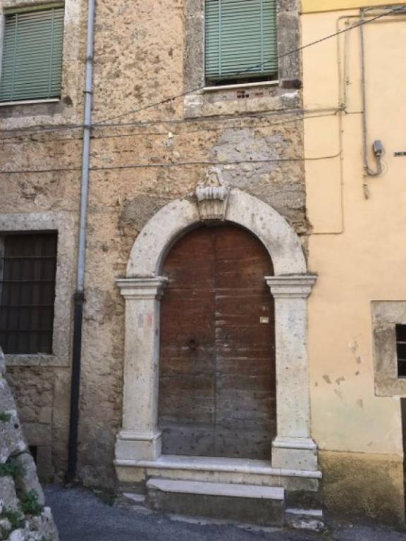 Soluzione Indipendente in vendita a Arpino, 7 locali, prezzo € 110.000 | Cambio Casa.it