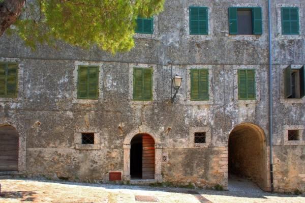 Appartamento in vendita a Arpino, 8 locali, zona Zona: Civitavecchia, prezzo € 130.000 | Cambio Casa.it