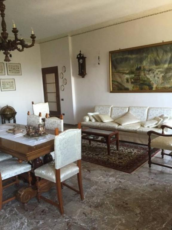 Appartamento in vendita a Monte San Giovanni Campano, 8 locali, prezzo € 400.000 | Cambio Casa.it