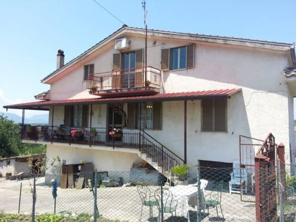 Soluzione Indipendente in vendita a Arce, 9999 locali, prezzo € 100.000 | Cambio Casa.it
