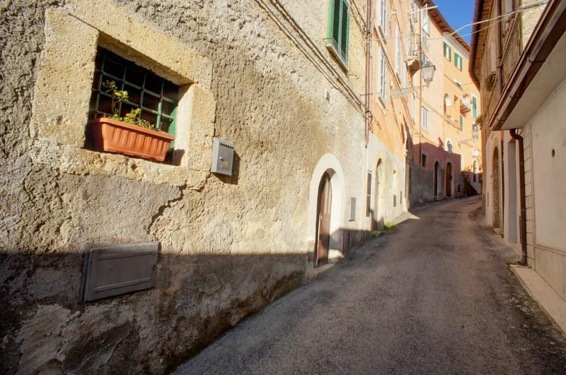 Appartamento in vendita a Arpino, 7 locali, prezzo € 65.000 | Cambio Casa.it