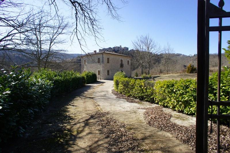 Rustico / Casale in vendita a Fontechiari, 11 locali, prezzo € 550.000 | CambioCasa.it