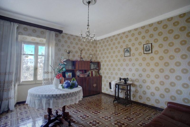 Soluzione Indipendente in vendita a Arpino, 4 locali, prezzo € 80.000 | Cambio Casa.it